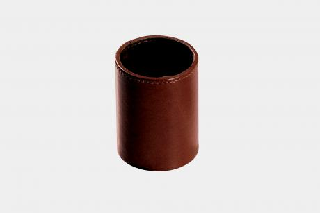 "Pen pot in ""by Cast"" leather"