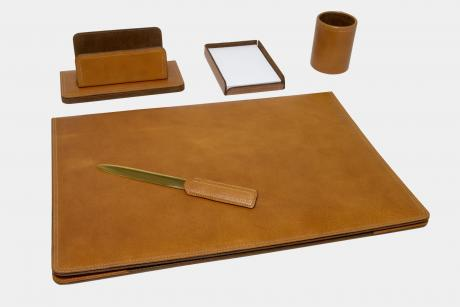"5-pcs desk set in ""Full Grain"" leather"